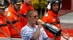 Justin Bieber Sticks It To Paparazzi With Hilarious 'Summer Heights High'