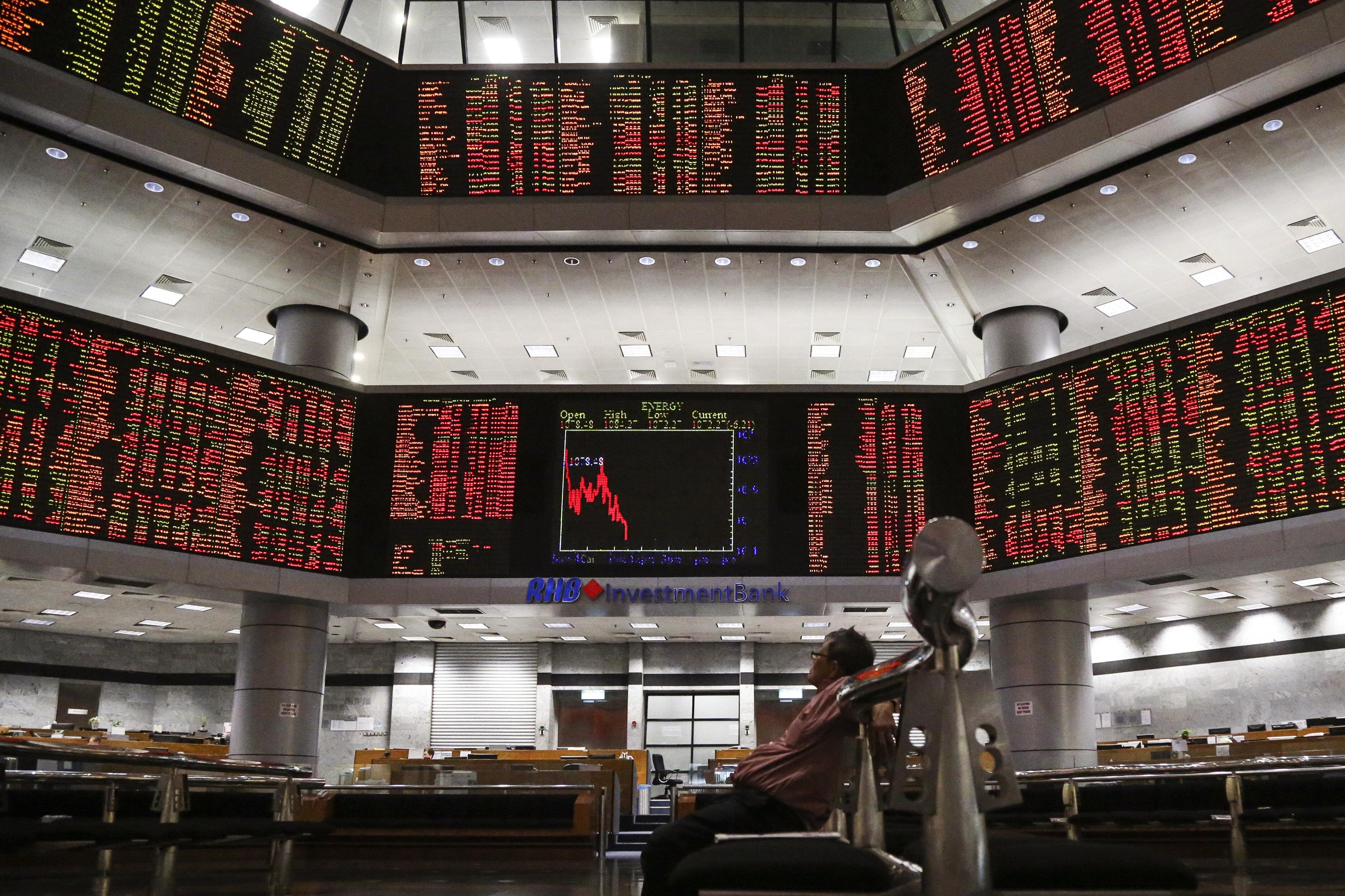 Καθυστερεί η τρίτη έξοδος της Ελλάδας στις αγορές λόγω