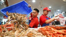 Aussies Splurge On 'Celebration' Seafood For Easter
