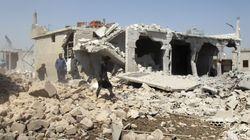 Συρία: Δέκα άμαχοι νεκροί σε αεροπορικά πλήγματα στην
