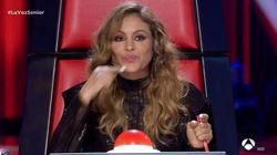 Una concursante de 'La Voz Senior' deja cortada a Paulina Rubio con sus