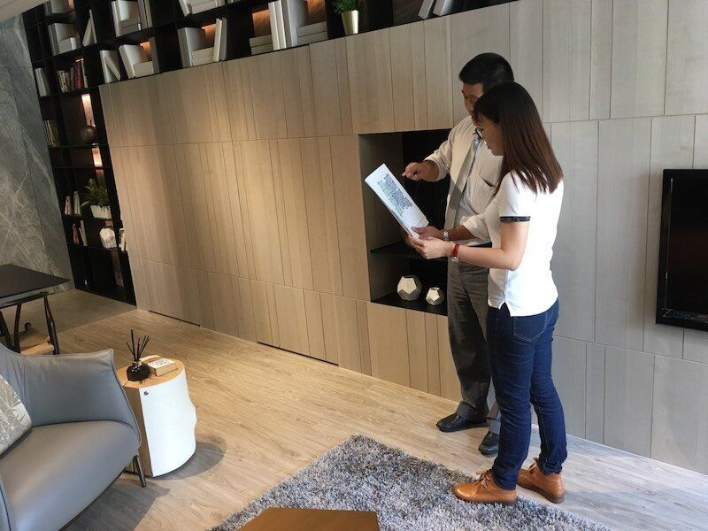 台灣晚婚、不婚族愈來愈多,單身購屋案例也愈來愈多,其中女性購屋者為數不少。
