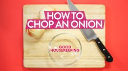 How To Quickly Chop Up An Onion Like A Pro