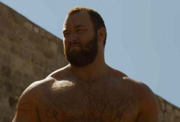 Game of Thrones: «Το Βουνό» ζητά συγγνώμη μετά την σκηνή στο τέταρτο επεισόδιο που συζητήθηκε