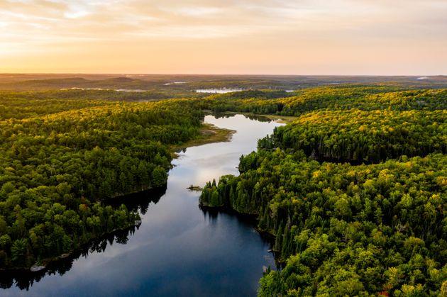 Mόνο το 1/3 των ποταμών της γης ρέουν