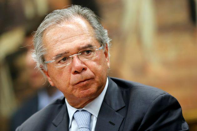 Ministro Paulo Guedes participou de sessão no Congresso nesta
