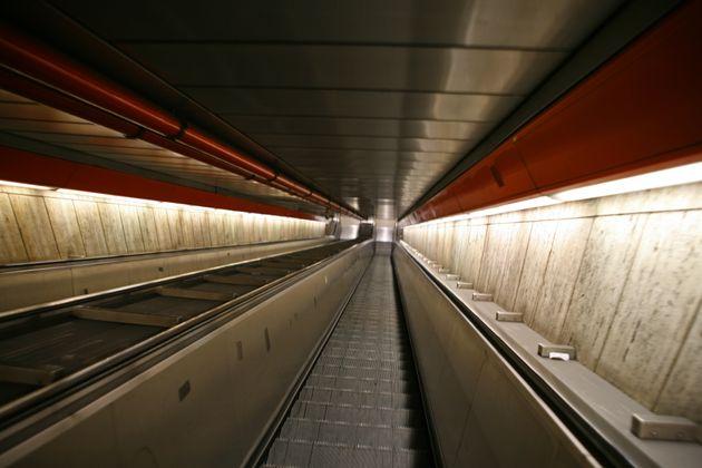 Roma: la metro di piazza di Spagna a meno di 24 ore dalla riapertura si rompe di