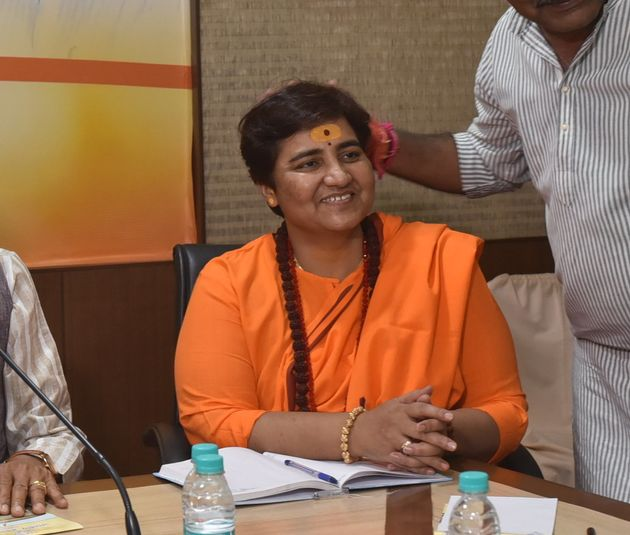 Will Pragya Thakur Beat Digvijaya Singh in BJP Bastion