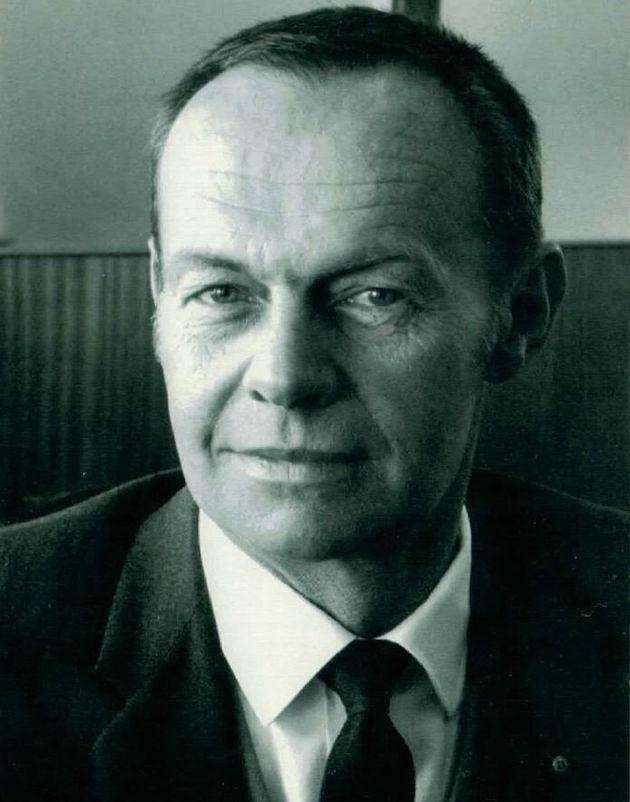 Raymond Wilkinson,