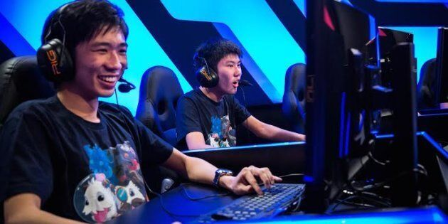 Egames are to be included in the Uni Games for the first time playing League of