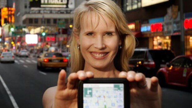 Karen Jacobsen is not only the voice of Siri, she's also the voice of GPS product Tom Tom.