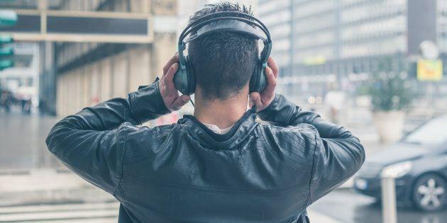 Music on, world
