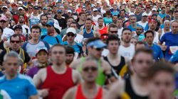 Thousands Compete In City 2 Surf Under Ideal