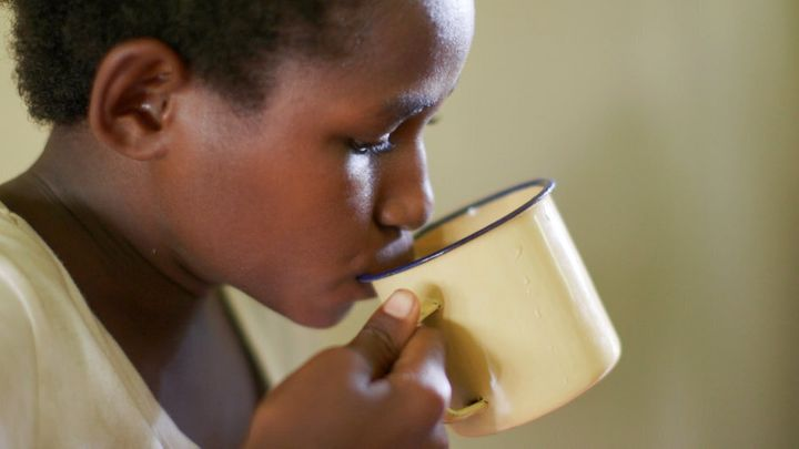 10 year old Grace is undergoing treatment for TB in Papua New Guinea, where infections have reached crisis proportions.