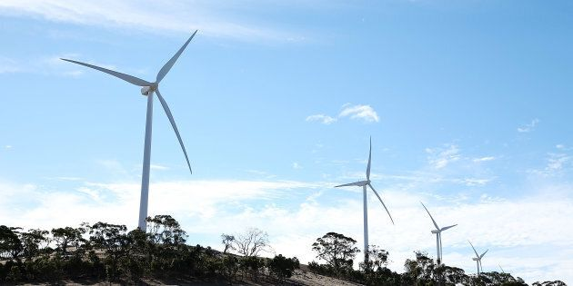 Clean energy experts deny renewable energy is to blame for SA's