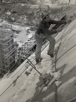 Work on the Snowy was often dangerous and 120 men lost their lives during the 25 year period of construction.
