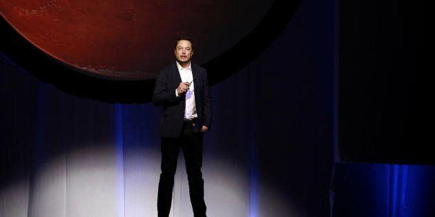 Elon Musk says colonizing
