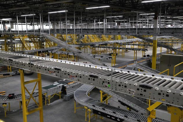 Amazon is in the process of setting up one of its enormous 'fulfillment centres' in Melbourne. Last week, the company announced it had secured the lease for a 24,000 square metre warehouse in the outer Melbourne suburb of Dandenong.