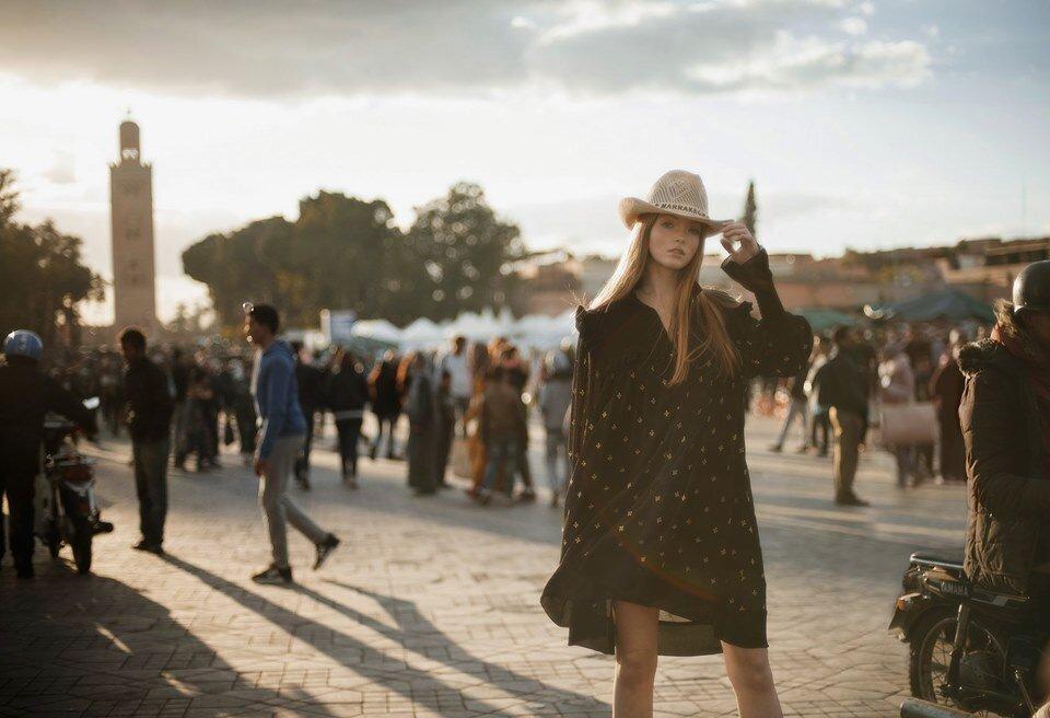 """""""Lost in Marrakech"""": La dernière campagne de Philosophy s'offre une balade à dans la ville"""