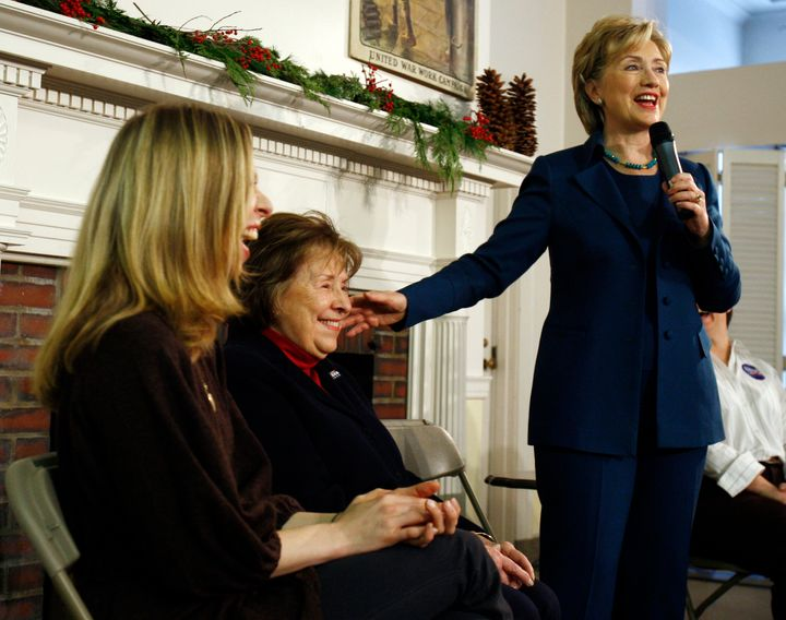 Hillary Clinton (R) introducing her mother Dorothy Rodham (center) and daughter Chelsea (left) during a campaign stop in 2007.