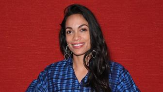 """SANTA MONICA, CA - NOVEMBER 16: Rosario Dawson attends a photo call for """"Trust Machine: The Story Of Blockchain"""" on November 16, 2018 in Los Angeles, California. (Photo by JB Lacroix/Getty Images)"""