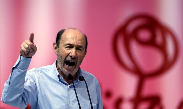 Alfredo Pérez Rubalcaba, durante un discurso cuando era líder de la oposición e,...
