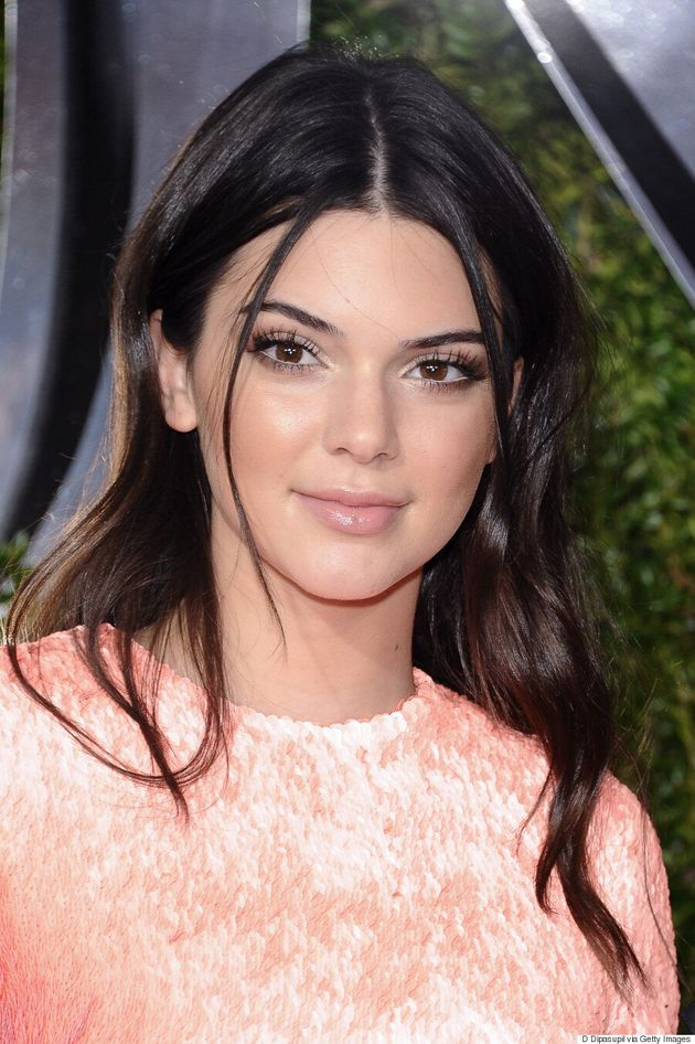 Kendall Jenner Looks Pretty In Pink At 2015 Tony