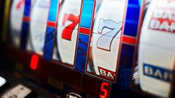 Slot Machine Glitch Pays B.C. Woman