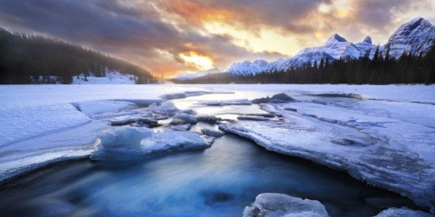 This photo was taken at Jasper national park of Canada.