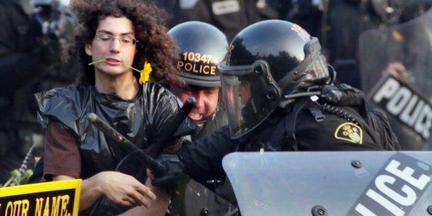 Senior Toronto Cop To Face G20 'Kettling', Mass Arrest