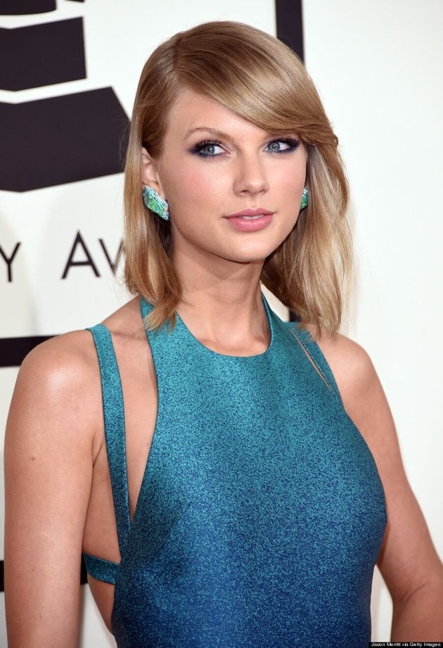 Taylor Swift's Grammys 2015 Dress Would Make The Little Mermaid