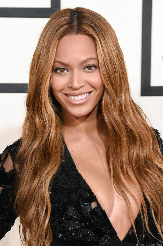 Beyonce's LBD Steals The 2015 Grammys Red