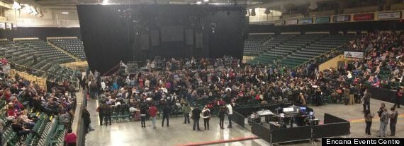 Blue Rodeo Plays Through Dawson Creek Power Outage