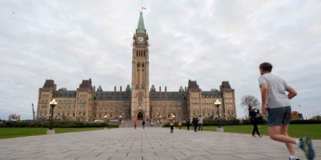 Parliament Hill Opens To The Public After Fatal Shooting, Tours To Resume Monday: