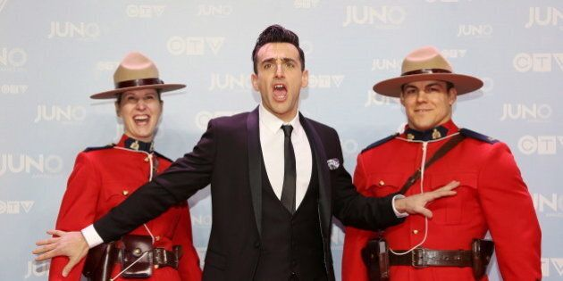Junos 2015 Red Carpet: Celebs Suit Up For A Night Of Music And