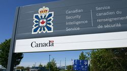 CSIS Policies Leave Gun-Toting Spies Without Cover: