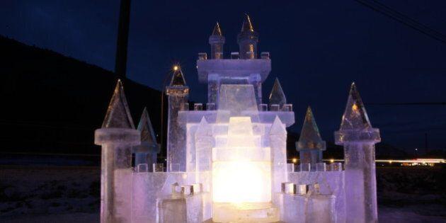 Ice Castles In Creston, B.C. Show True Craftsmanship