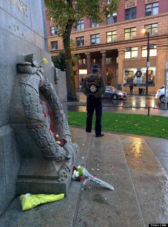 Veteran Honours Slain Soldier By Guarding Vancouver