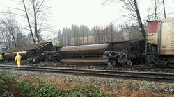Train Derails In Burnaby, Spilling
