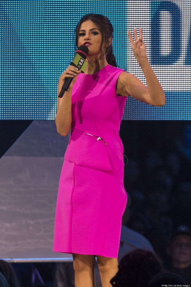 Selena Gomez Rocks Bright Pink Ensemble At We Day
