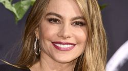 Sofia Vergara Doesn't Need Makeup To Look