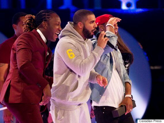A Drake Surprise At The 2015 MMVA. That Is