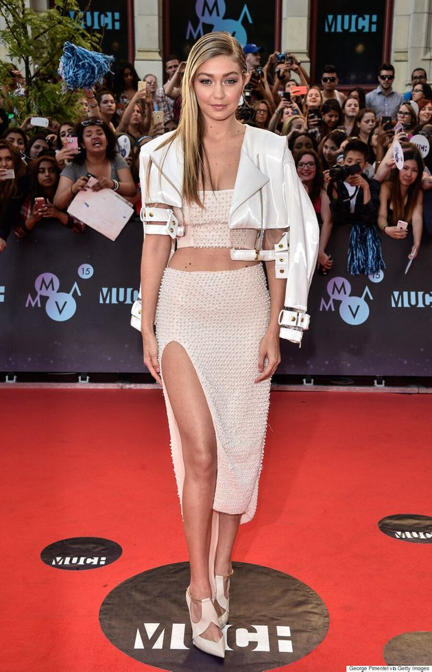 Gigi Hadid's MMVA 2015 Outfit Is White