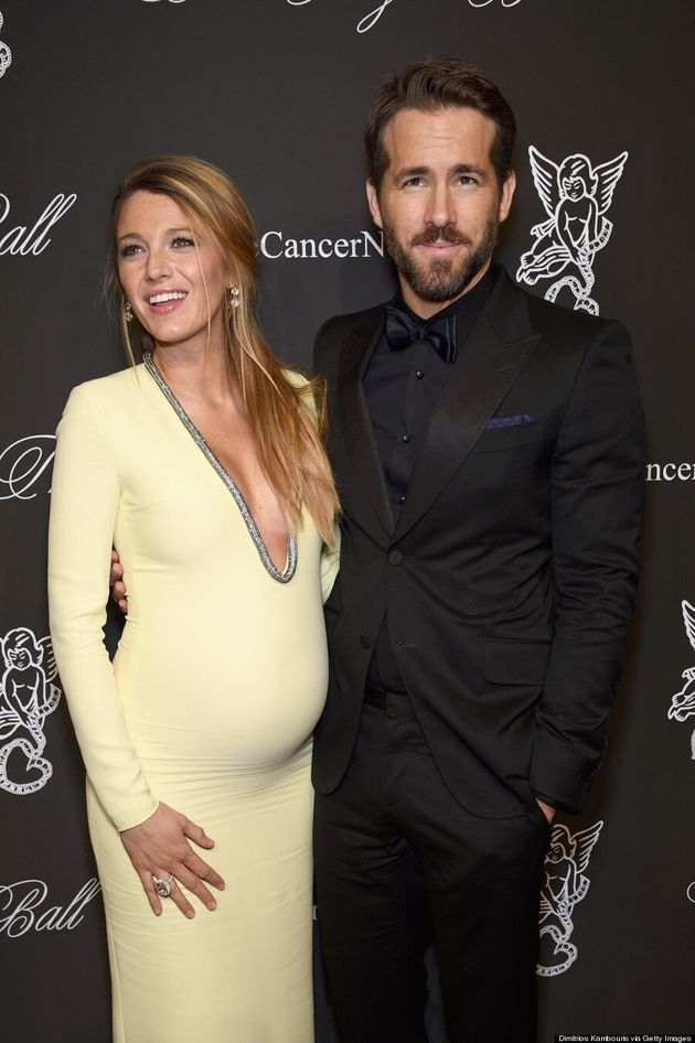 Pregnant Blake Lively Flaunts Cleavage In Tight