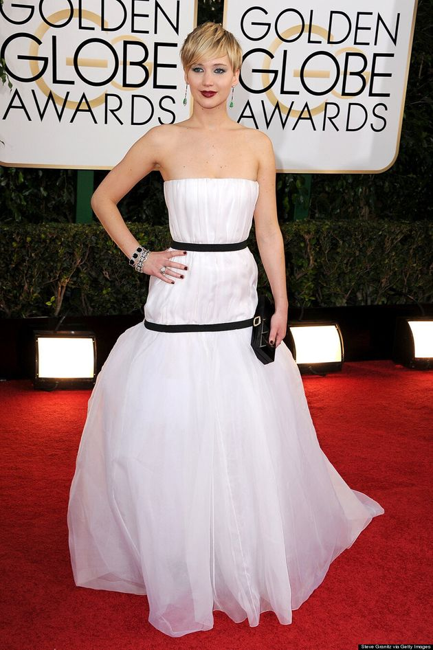 Jennifer Lawrence Golden Globes 2014: 'American Hustle' Star Is Clumsy On Red Carpet