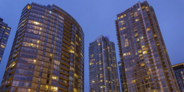 Toronto, Vancouver Housing Markets Soar Even As Rest Of Country Shows