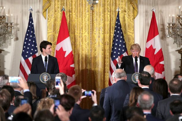 U.S. President Donald Trump (R) and Prime Minister Justin Trudeau (L) participate in a joint news conference...