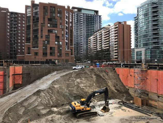 The site of a new condominium complex off Redpath Avenue in Toronto, Ontario, Canada April 1, 2017. Toronto's red-hot housing market and high mortgage debt levels have some observers worried about a financial crisis hitting Canada.