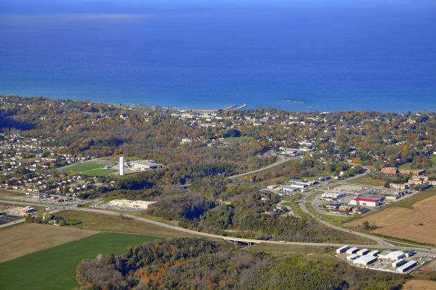 Aerial view along Lake Huron, Kincardine,