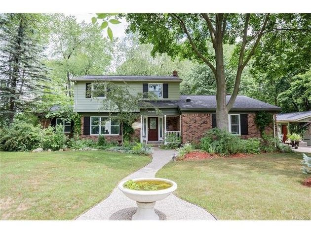 Madonna's Childhood Home In Rochester Hills, Mich. Is For